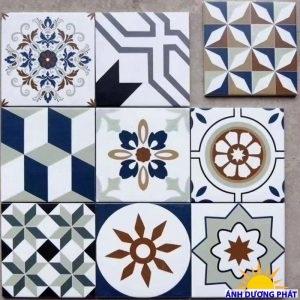 Gạch bông đa màu sắc trang trí hành lang