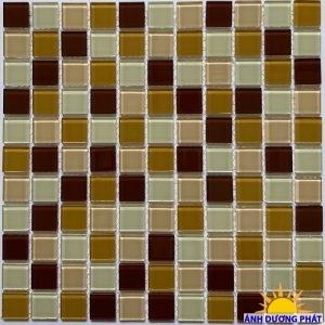 Gạch mosaic thủy tinh giá rẻ màu nâu
