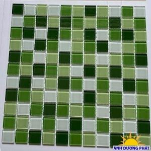Gạch mosaic thủy tinh pha lê màu xanh lá