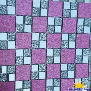 Gạch mosaic men rạn đa sắc màu hồng